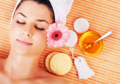 Используем мед для красоты: медовые маски для лица