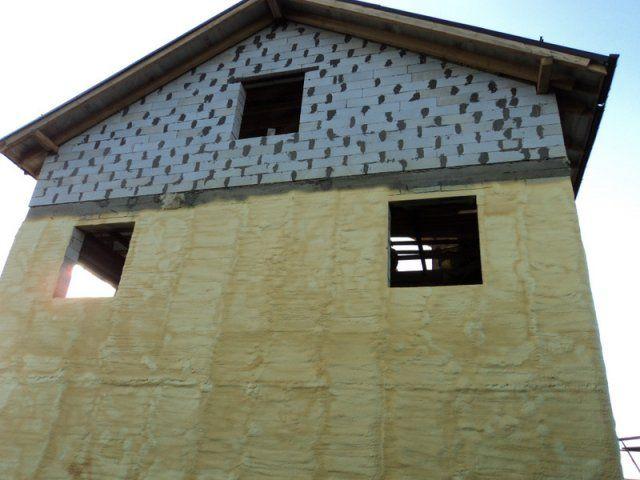 Правила утепления домов из пеноблоков