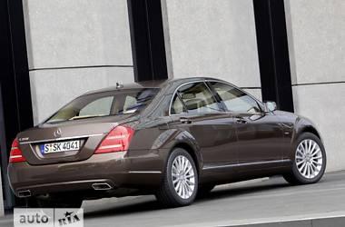 «Тугодум» Mercedes E-Class