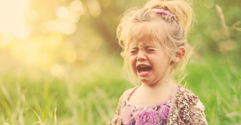 Детские истерики – что делать