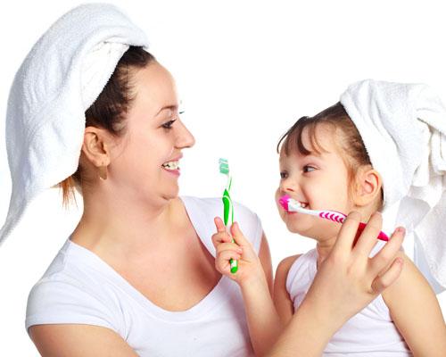 Детские зубы: правильный уход