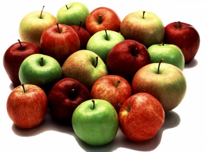 Яблоки полезны при лечении болей в животе