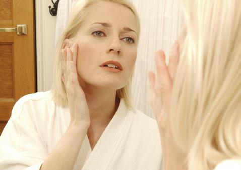 Борьба с возрастными изменениями кожи лица в медико-косметологическом центре E Cosmetology