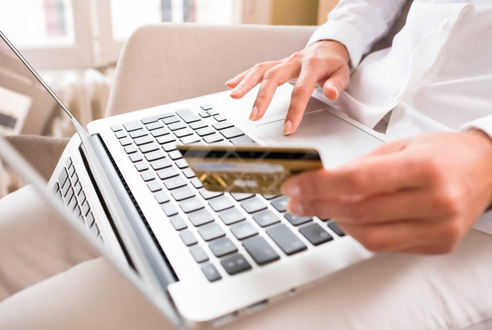 Как выбрать належный сайт для он-лайн кредита?