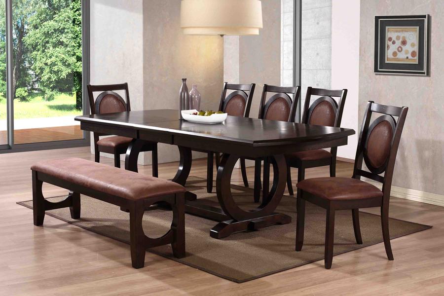 Как выбрать большие обеденные столы для гостиной?