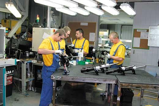 Компания ASR Group помогла сотням украинцев найти работу в Польше