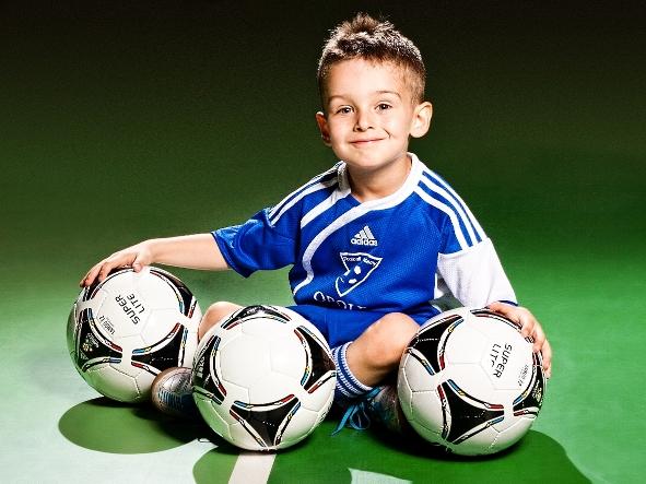Как выбрать футбольные костюмы? Какой будет лучшим?