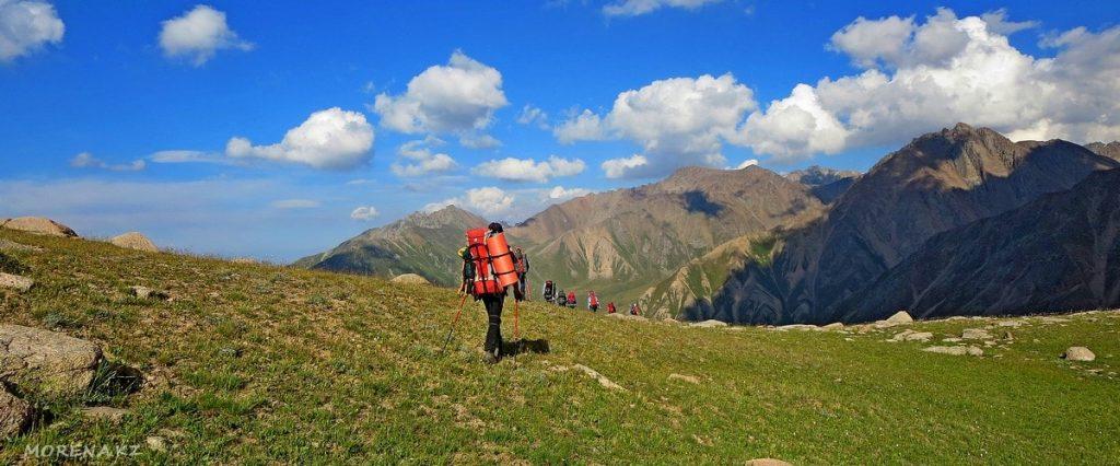 Походы в горы. Каковы преимущества горных прогулок?