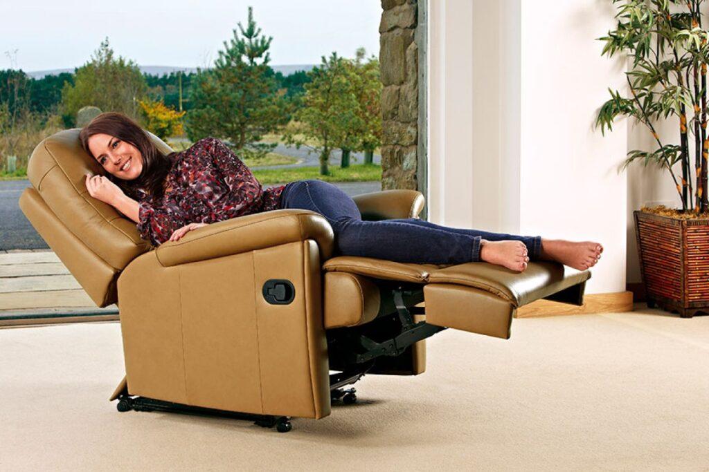 Кресло-реклайнер: мебель для полноценного отдыха