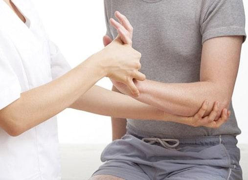 Рухайтесь по життю без перешкод та болю! – Медичний центр «Родина» допоможе залишатися на ходу.