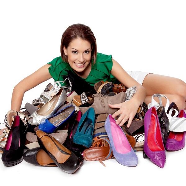 Яке жіноче взуття незамінне цього літа?
