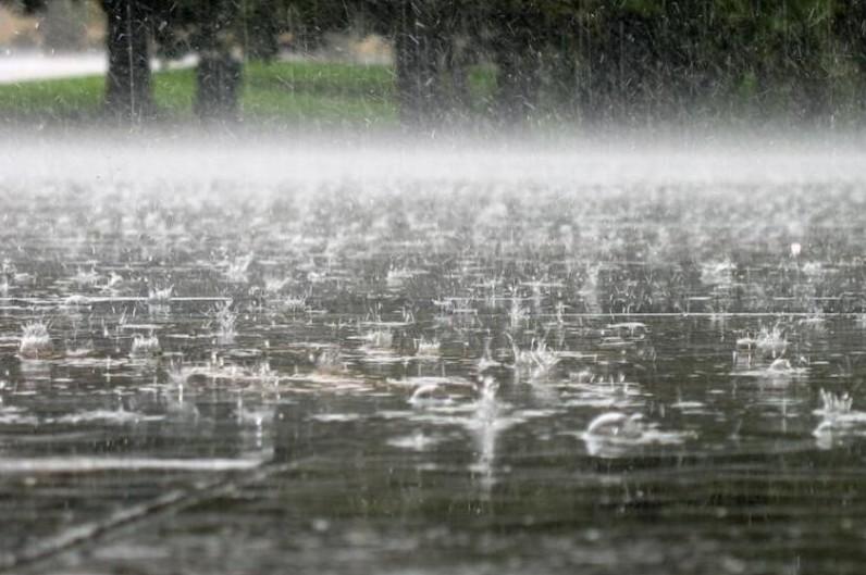Україна йде під воду: коли чекати сильні зливи та похолодання