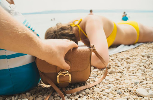 Нова схема нахабних крадіжок на пляжах Одеси