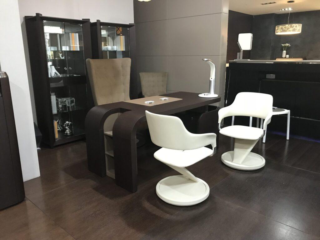 Выбирайте лучший салон мебели!